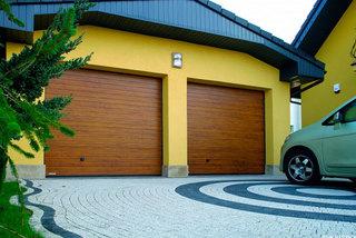 Гаражные ворота в Курске: цены в зависимости от материалов и конструкции
