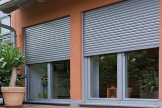 Рольставни в Курске по цене производителя. Эстетичный дизайн, надежность и комфорт от компании «Алюцентр»